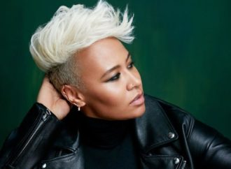 "Emeli Sandé Explodes on ""Hurts"""